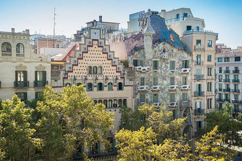 Godó luxury apartment-Barcelona touristic information-Casa Batlló