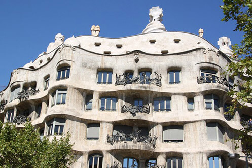 Godó luxury apartment-Barcelona touristic information-Casa Milà / La Pedrera